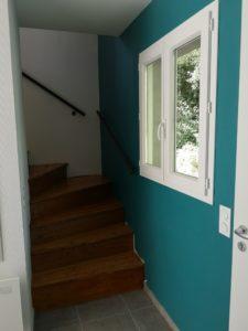 peinture couloir encadrement fenêtre