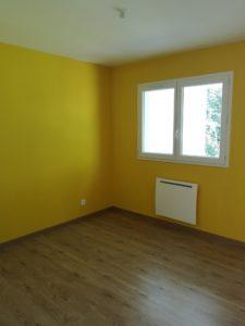 professionnel peindre murs chambre